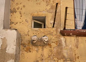 バルレッタ旧市街で見た通風口?