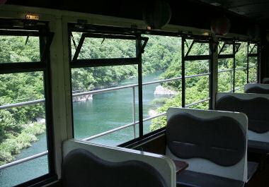 会津鉄道のトロッコ列車