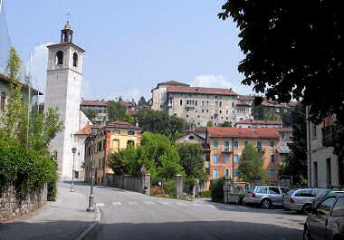 フェルトレの旧市街を望む