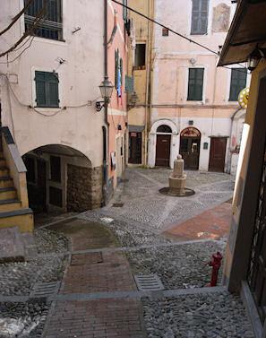旧市街の小さな広場