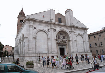 マラテスティアーノ教会