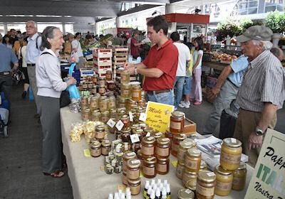 蜂蜜売り場