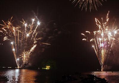 野尻湖の花火