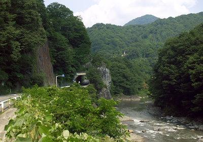 吾妻川の渓谷