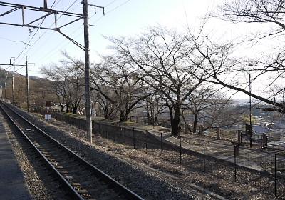勝沼駅旧ホーム