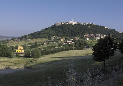 フェッラッツァーノ遠景