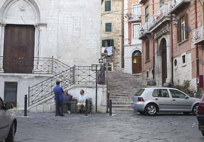 カンポバッソの旧市街入口