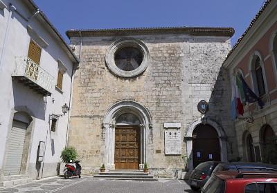 教会改造の庁舎