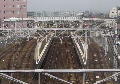 東海道線の車内から見た西枇杷島駅