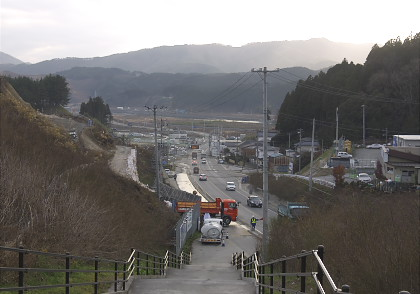 陸前高田の丘から南を望む