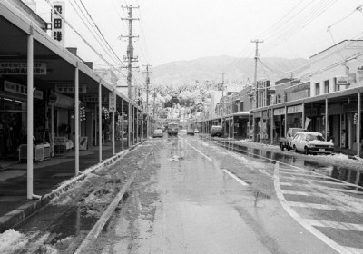 1993年・陸前高田駅の駅前通り