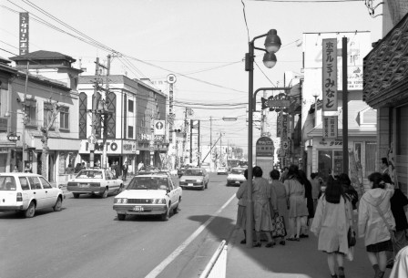 1991年の小樽駅前