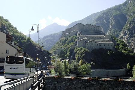 バールの城砦