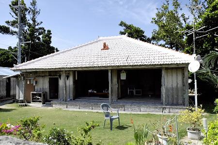 浜集落の家