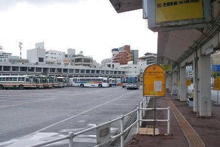 2007年の那覇バスターミナル