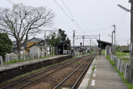 西魚津駅のホーム