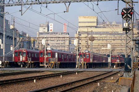 近鉄阿部野橋駅1979年