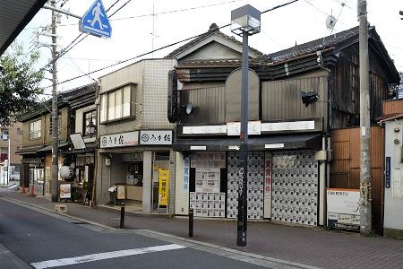 北田辺駅前