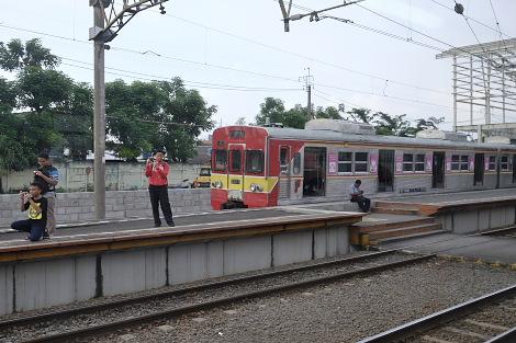 ジャカルタ市内の駅