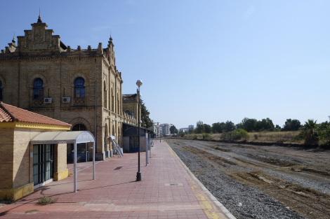 廃止されたウエルバ旧駅