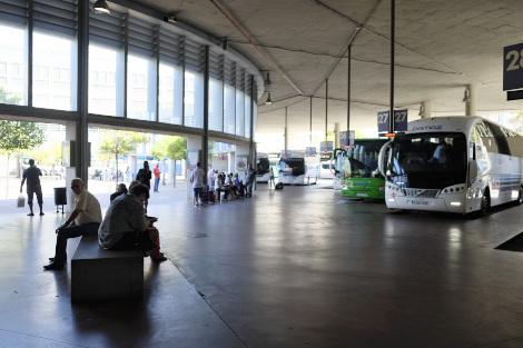 ウエルバのバスターミナル