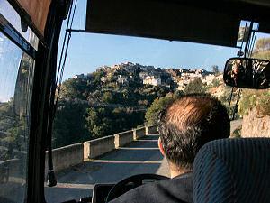 車窓のサン・ロレンツォの町