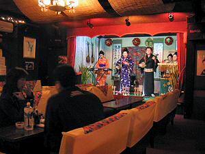 コザの民謡酒場「姫」