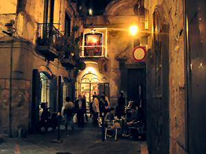 サレルノの旧市街の奥