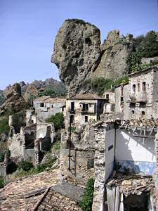 ペンテダッティロの廃墟
