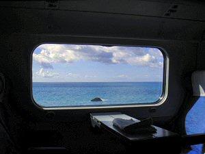 ティレニア海沿岸をゆく列車の車窓