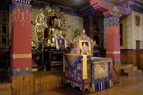 ジョムソンのチベット仏教寺院の内部